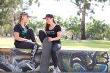 EARND women's tee grey green Dee & Anna